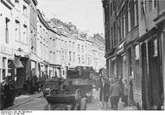 Maastricht. German troops on the march through the city.