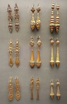 Portuguese gold earrings - National Museum of Ancient Art - cheap wholesale jewelry, women's jewellery online shopping, fair jewelry *ad Ethnic Jewelry, Indian Jewelry, Jewelry Art, Gold Jewelry, Fine Jewelry, Jewelry Design, Fashion Jewelry, Jewelry Making, Platinum Jewelry