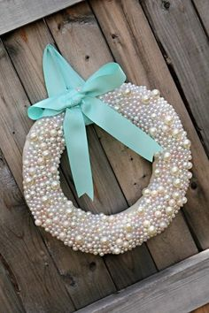 Pearl wreath with Tiffany blue ribbon. Perfect for Christmas. Blue Christmas, All Things Christmas, Christmas Time, Christmas Wreaths, Christmas Decorations, Xmas Ornaments, Holiday Crafts, Holiday Fun, Holiday Decor