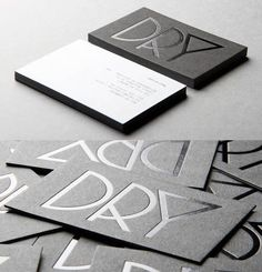 Glossy business card with a black foil, simple and clean!