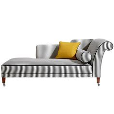 Геометрические узоры и черно-белая цветовая гамма — простой, но всегда эффектный дизайнерский прием.