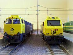 """Locomotora 333 y 333 """"Prima"""" RENFE. Escala H0."""