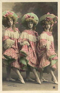 Vintage Ladies Cabinet Cards (252)