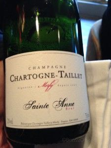 NV Chartogne-Taillet Champagne Cuvée Sainte Anne Tasting Note  Pleasant light, brownish-yellow (blend) on the eye. Less than 7 g/liter dosage, but quite dry. Bubbly bubble on the nose with vibrant and vivid citrus fruits. An excellent QPR aperitif for any lunch, dinner or party!. (89 points)