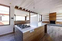 Farnan Findlay Architects design beachside house to weather over time