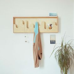 Gonçalo Campos : Wallmonds Hanger Frame
