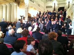 Spectators crowd the rotunda for Kathleen Kane's swearing-in - 01.15.13 (Photojournalist Brian Johnson, WHP-TV)