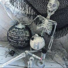 #halloween #pumkindecorating #typography #glitter #sharpie #pumpkinpalooza #BHGCelebrate #bhgfall #spooktacularhomes #diywin #fabfallfridays #howdoesshe #diyrightnow #tinyugames #funwithkids #halloweendecor #halloweendecorations #prek #creativekids #craftykids #craftyliving #glittery #glitters #invitationtocreate #craftymom #crafter #crafternoon