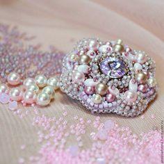 Купить Брошь пудровая - бледно-розовый, брошь, брошь ручной работы, нежная брошь