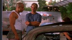 Vin Diesel and Paul Walker in The Fast and the Furious Fast And Furious Cast, The Furious, Paul Walker Tribute, Rip Paul Walker, Series Movies, Movies And Tv Shows, Paul Walker Pictures, Dominic Toretto, Michelle Rodriguez