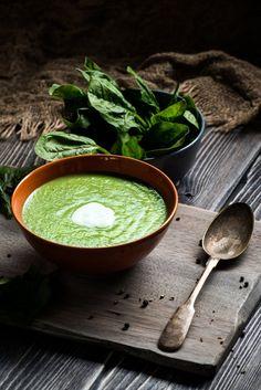 Soupe detox au kale et aux épinards