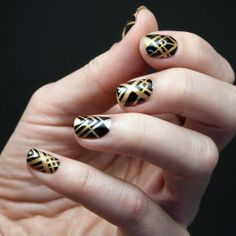 I'm crazy for these Art Deco nails- black and gold? Soooo 3 West!