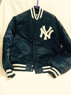 US $40.00 Pre-owned in Clothing, Shoes & Accessories, Men's Clothing, Athletic Apparel