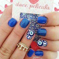Feita por mim em @liznarockenback com película da @docepelicula e #esmaltetop da Gio Antonelli Frio na barriga. Anel da @agridocefashion #moda, #fashion, #nails, #like, #uñas, #trend, #style, #nice, #chic, #girls, #nailart, #inspiration, #art,...