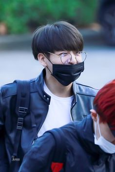 ❤️ 170922 Jungkook @Arriving at KBS Studio for Music Bank ~❤️
