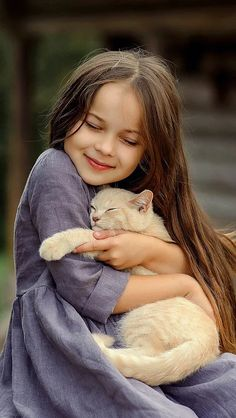 New funny kids pictures sweets ideas Animals For Kids, Baby Animals, Funny Animals, Cute Animals, Kids And Pets, Beautiful Cats, Beautiful Children, Beautiful Pictures, Cute Baby Girl