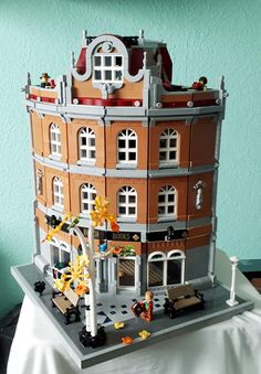 Lego Design, Modular Design, Lego Modular, Amazing Lego Creations, Lego Boards, Lego Trains, Lego Mecha, Lego Room, Lego Blocks