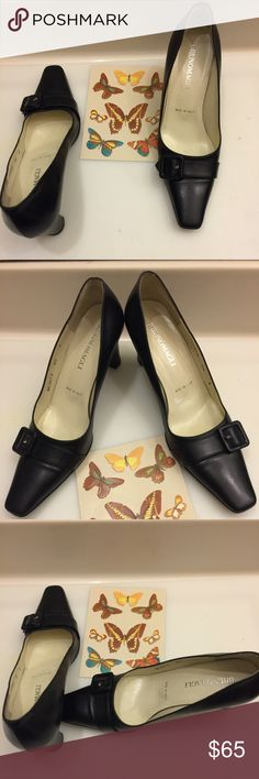 ❤️V-Sale❤️ Beautiful  Bruno Magli Pumps ❤️V-Sale❤️ Beautiful Bruno Magli Pumps in great preowned condition. Made in Italy. Please visit my closet and view my  listings. There are more styles and sizes. Please contact me if you have any additional questions. Thanks.                               Size:6.5  Color:Navy Blue Bruno Magli Shoes Heels