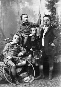 A quartet of dapperly attired young Victorian gents, late Vintage Children Photos, Vintage Pictures, Old Pictures, Vintage Images, Old Photos, Vintage Boys, Antique Photos, Victorian Life, Old Photography