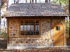Free plans 2 cord wood shed plans Earthship, Casas Cordwood, Cottage Garden Sheds, Cottage Kits, Wood Cottage, Cottage Gardens, Cordwood Homes, Wood Shed Plans, Natural Building