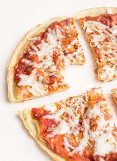 Quinoa Pizza Crust -- the only gluten-free pizza you will ever need! The pizza crust is dairy-free - use your favorite dairy-free toppings (skip the goat cheese! Healthy Pizza, Healthy Chicken Recipes, Healthy Foods To Eat, Whole Food Recipes, Healthy Snacks, Vegan Recipes, Healthy Eating, Cooking Recipes, Cooking Ideas