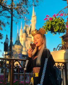 Cute Disney Pictures, Disney World Pictures, Viaje A Disney World, Walt Disney World, Disney Parque, Disney World Outfits, Disney Time, Disney Magic Kingdom, Disney Aesthetic
