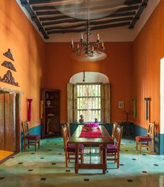 Mexican Style Homes, Mexican Home Decor, Mexican Hacienda Decor, Mexican Decorations, Mexican Interior Design, Decor Interior Design, Mexican Furniture, Mexico House, Hacienda Style