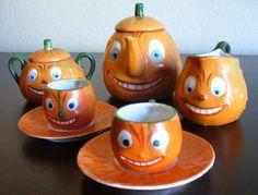 ANT VTG German Childs Halloween Toy Tea Set Jack-o-Lantern Pumpkin - RARE!! (sold for $1,900)