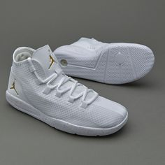 Jordan Reveal White Metallic Gold a96fc75a2