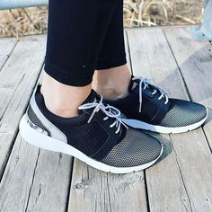 Bigley Shoes and Clothing ( Mk Sneakers, Running Style, Nike Free, Spring Fashion, Ootd, Trends, Photo And Video, Detail, Stylish