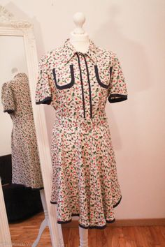 Vintage Country Style Dress by BelmondoVintage on Etsy, €65.00