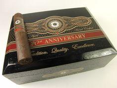 Perdomo 20th Anniversary Robusto    www.SeriousCigars.com