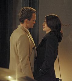 Robin and Barney Cobie Smulders and Neil Patrick Harris How I Met Your Mother Swarkles Barney E Robin, Ted And Robin, How I Met Your Mother, Best Series, Tv Series, Netflix Series, Robin Scherbatsky, Marshall Eriksen, Ted Mosby