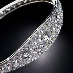 French Art Deco Diamond Bangle Bracelet, ca 1925