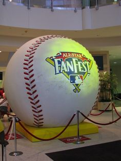 World's Largest Baseball, St. Places To Travel, Places To Go, St Louis Mo, Roadside Attractions, Unusual Things, World's Biggest, Road Trips, Worlds Largest, Missouri