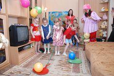 Полный Смешные конкурсы на День Рождения: лучшие конкурсы для детей и взрослых 4 Kids, Children, Team Games, Kids And Parenting, Summer Fun, Birthday Parties, Entertaining, School, Holiday