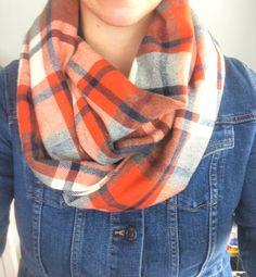 DIY Infinity Scarf #learntosew #infinityscarf #beginnersewingprojects #beginnersewing