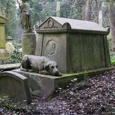 Highgate Cemetery — North London, England | 13 Haunted Cemeteries That Every Ghost Story Lover Should Visit