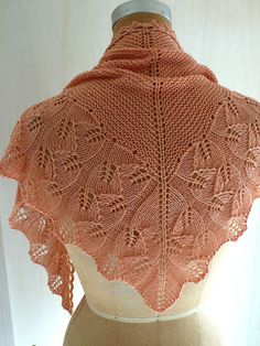Beautiful leaf-pattern shawlette.  Too many knitting projects, too little time!
