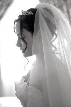 Top Elegant Christian Bridal Veil Designs For The Special Day! Top Elegant Christian Bridal Veil Designs For The Special Day! Veil Hairstyles, Wedding Hairstyles With Veil, Wedding Hair With Veil, Hairstyle Ideas, Wedding Hair And Makeup, Wedding Beauty, Trendy Wedding, Wedding Styles, Wedding Ideas