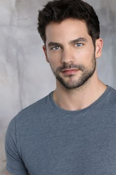 brant Daugherty Stoppelbart - New Site Beautiful Men Faces, Gorgeous Men, Brant Daugherty, Stubble Beard, Handsome Faces, Hommes Sexy, Male Physique, Interesting Faces, Male Face