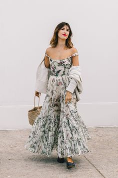 paris street style 2018 - best of paris fashion week street style Jeanne Damas, Fashion Week Paris, Spring Fashion, Winter Fashion, Fashion Mode, Fashion Beauty, Fashion Outfits, Womens Fashion, Latest Fashion