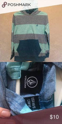 Little Boys Volcom Hoodie T - Size 5 Love this Volcom Top with hood. Size 5. In Great Condition! Volcom Shirts & Tops Tees - Long Sleeve