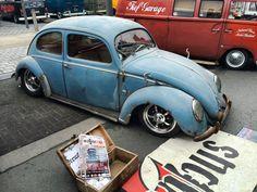 Slammed Vw beetle Split Window