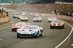 The Ford GT first captured the hearts and minds of many drivers around the world in the A mid-engine, two-seater sports car produced by Ford American Dream Cars, American Muscle Cars, Road Race Car, Road Racing, Ford Gt40, Sports Car Racing, Sport Cars, Jochen Rindt, Shelby Car