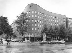 Alvaro Siza - Wohnhaus Schlesisches Tor, Berlin - TÉCHNE