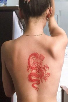 Red Dragon Tattoo, Dragon Tattoo For Women, Dragon Tattoo Designs, Henna Tattoo Designs, Dragon Tattoo On Back, Unique Tattoo Designs, Tattoo Design Drawings, Hand Tattoos, Red Ink Tattoos