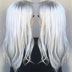 21 extraordinary icy platinum hair color ideas 2016 – 2017 for ice blonde hair color Ice Blonde Hair, Icy Blonde, White Blonde, Icy Hair, Silver White Hair, Icy Blue Hair, Silver Blonde Hair, Blonde Balayage, Curls Haircut