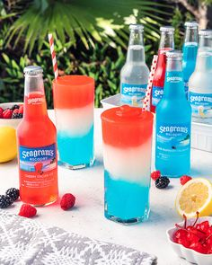 Holiday Drinks, Party Drinks, Cocktail Drinks, Craft Cocktails, Fourth Of July Drinks, 4th Of July Desserts, Alcoholic Drinks 4th Of July, July 4th, Blue Drinks
