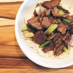 |Mongolian Beef| a quick way to get that take-out flavor in the comfort of your own home! *Recipe on Instagram @megawat*